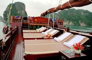 port-du-bateau-dragon-pearl