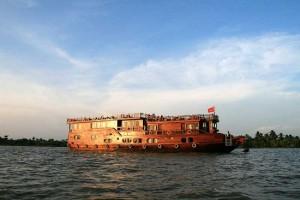 bateau mekong eyes vietnam
