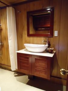 salle-de-bain-eyes-mekong
